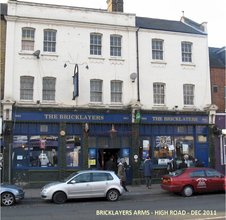bricklayers_arms_dec2011.jpg (65639 bytes)