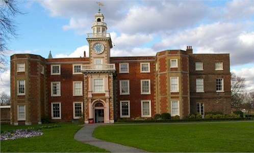 http://tottenham-summerhillroad.com/bruce_castle_museum.jpg