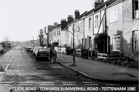 clyde_road_towards_summerhill_road_1980.jpg (49484 bytes)