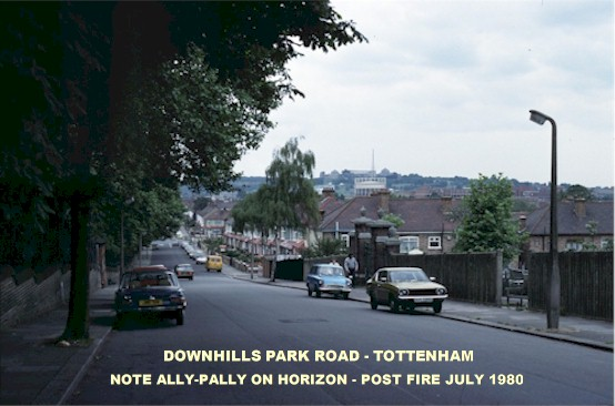 downhills_park_road_post_ally_pally_fire_july_1980.jpg (58144 bytes)