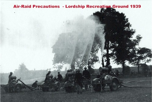 lordship_rec_1939_air_raid_precautions.jpg (49903 bytes)