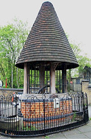old_well_tottenham_high_cross.jpg (52204 bytes)