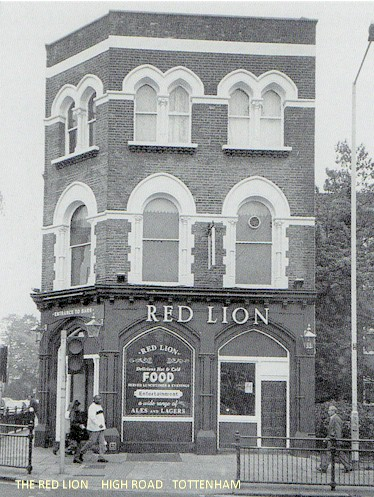 red_lion_high_road.jpg (82905 bytes)