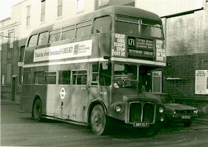 route_171_bus_1979.jpg (25935 bytes)