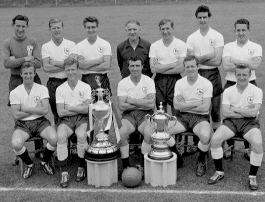 spurs_double_team_photo1961.jpg (70274 bytes)