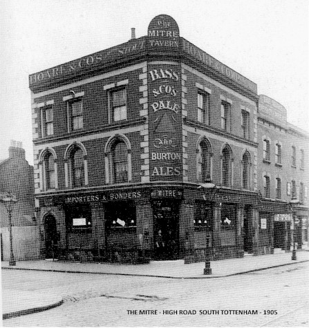 the_mitre_south_tottenham_1905.jpg (87418 bytes)