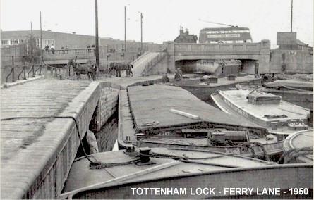 tottenham_lock_ferry_lane_1950.jpg (47242 bytes)