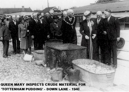 tottenham_pudding_inspection_1940.jpg (58995 bytes)