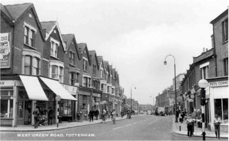 west_green_road_harringay_road_1960s.jpg (36957 bytes)