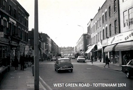west_green_road_tottenham_1974.jpg (41945 bytes)