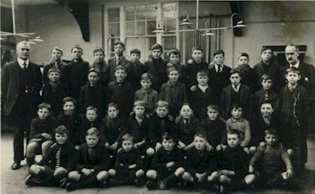west_green_school_tottenham_1920.jpg (41928 bytes)